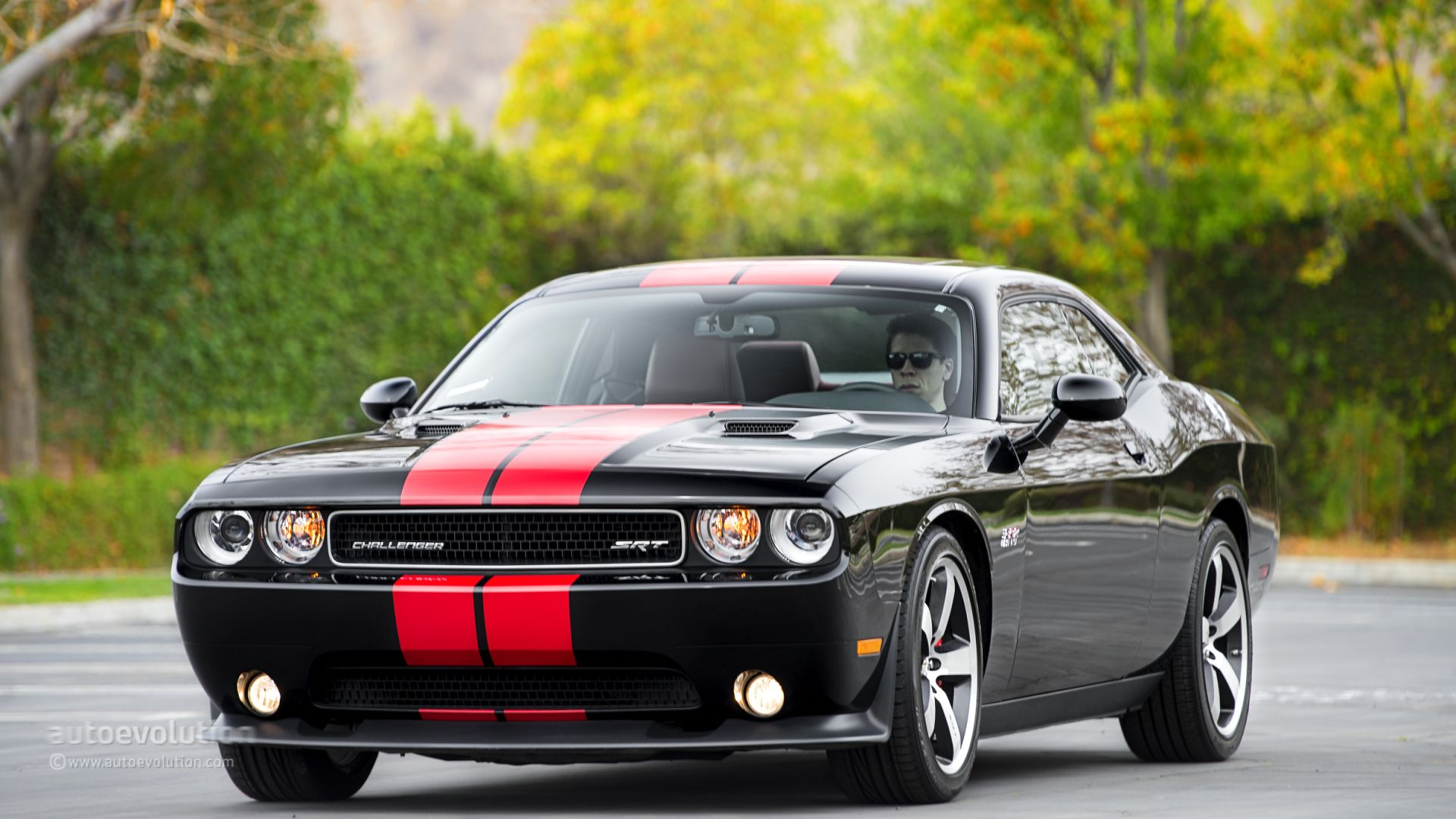 Beautiful Dodge Challenger SRT8 392