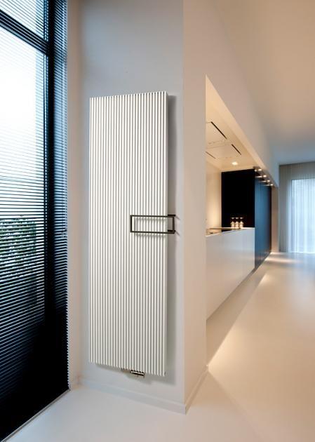 """moderne design-heizkörper: effizient: heizkörper """"canyon"""" von, Wohnzimmer"""
