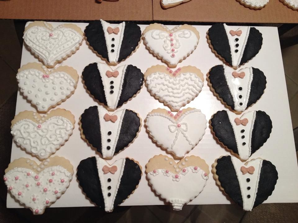 Bridal shower bride & groom cookies Cookies Pinterest