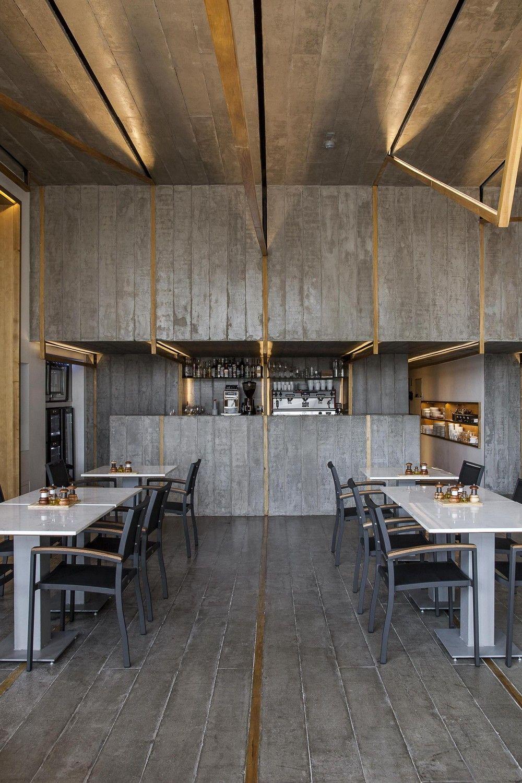 Galeria De 7 Molinos Tacoa Arquitetos 5 Interiores Del Restaurante Restaurantes Interiores Cafeteria