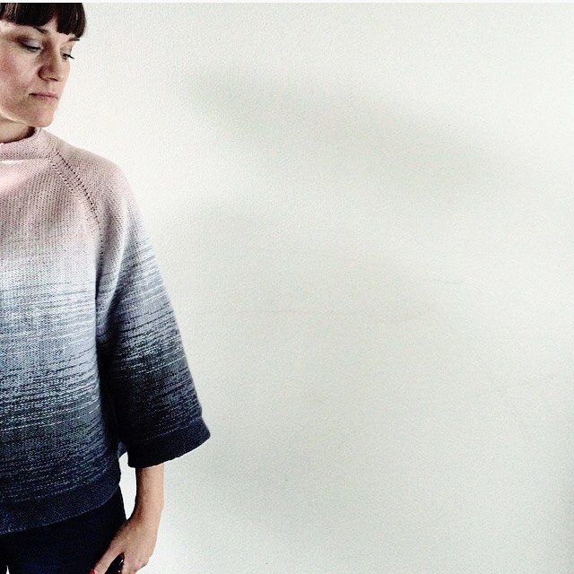 @camillavaddk: This is 'Dip Dye Jacket'💕Pattern will be available soon👆🏻 'Dip Dye Jacket' is a short jacket with wide sleeves. Knitted in Engleuld from @mydailyjunk - perfect for summer evenings👌🏻
