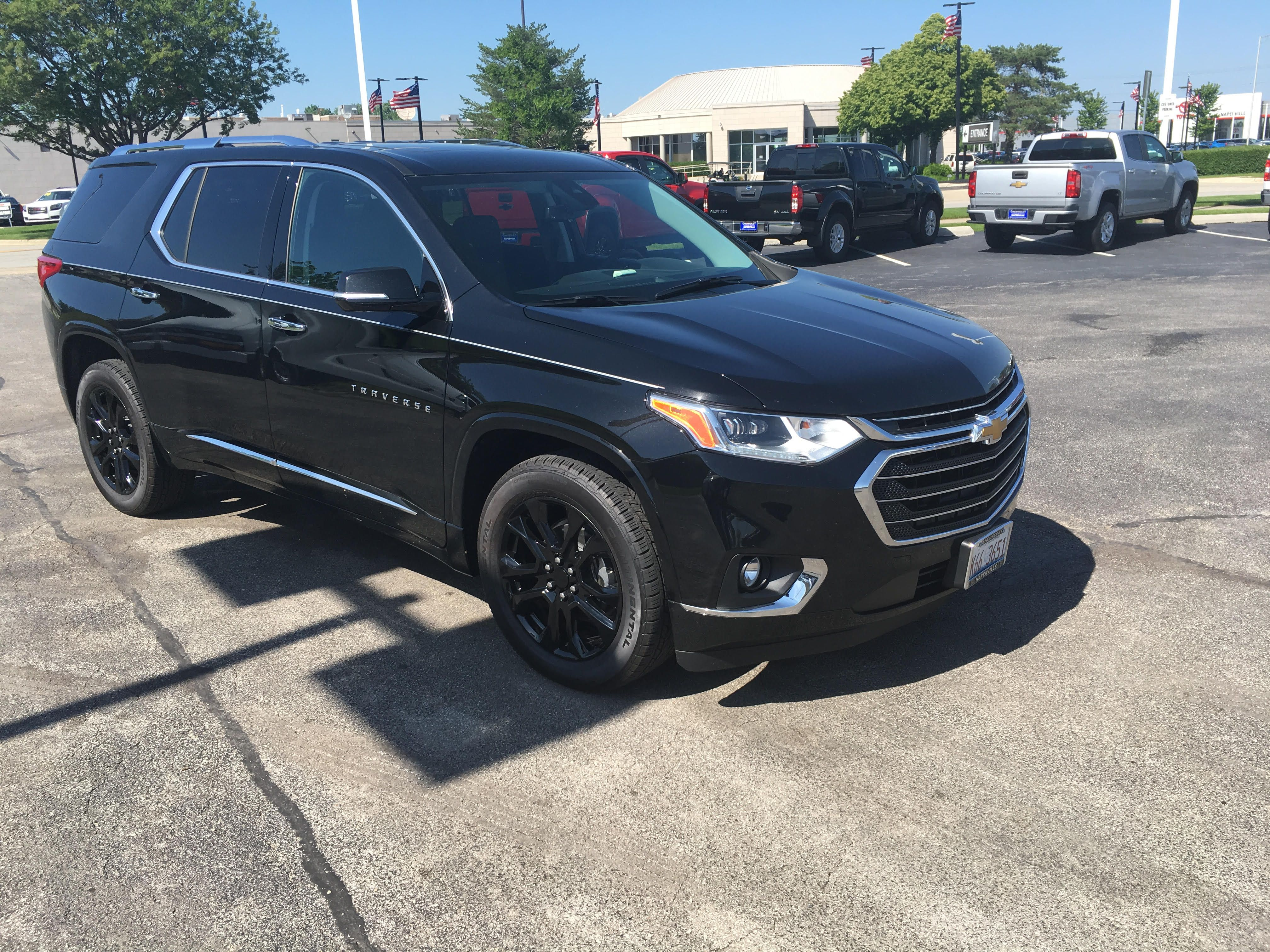 2019 Chevrolet Traverse With Gloss Black Wheels And Continental Tires Chevy Chevrolet Traverse Cvd Customvehicl Black Wheels Chevrolet Traverse Chevy Girl