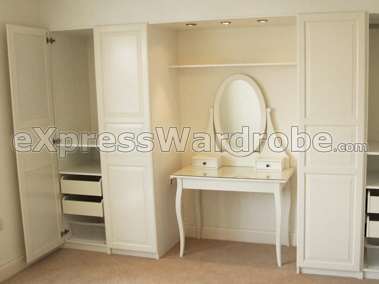 Ikea hemnes dressing table with mirror closet for Ikea dressing table hemnes