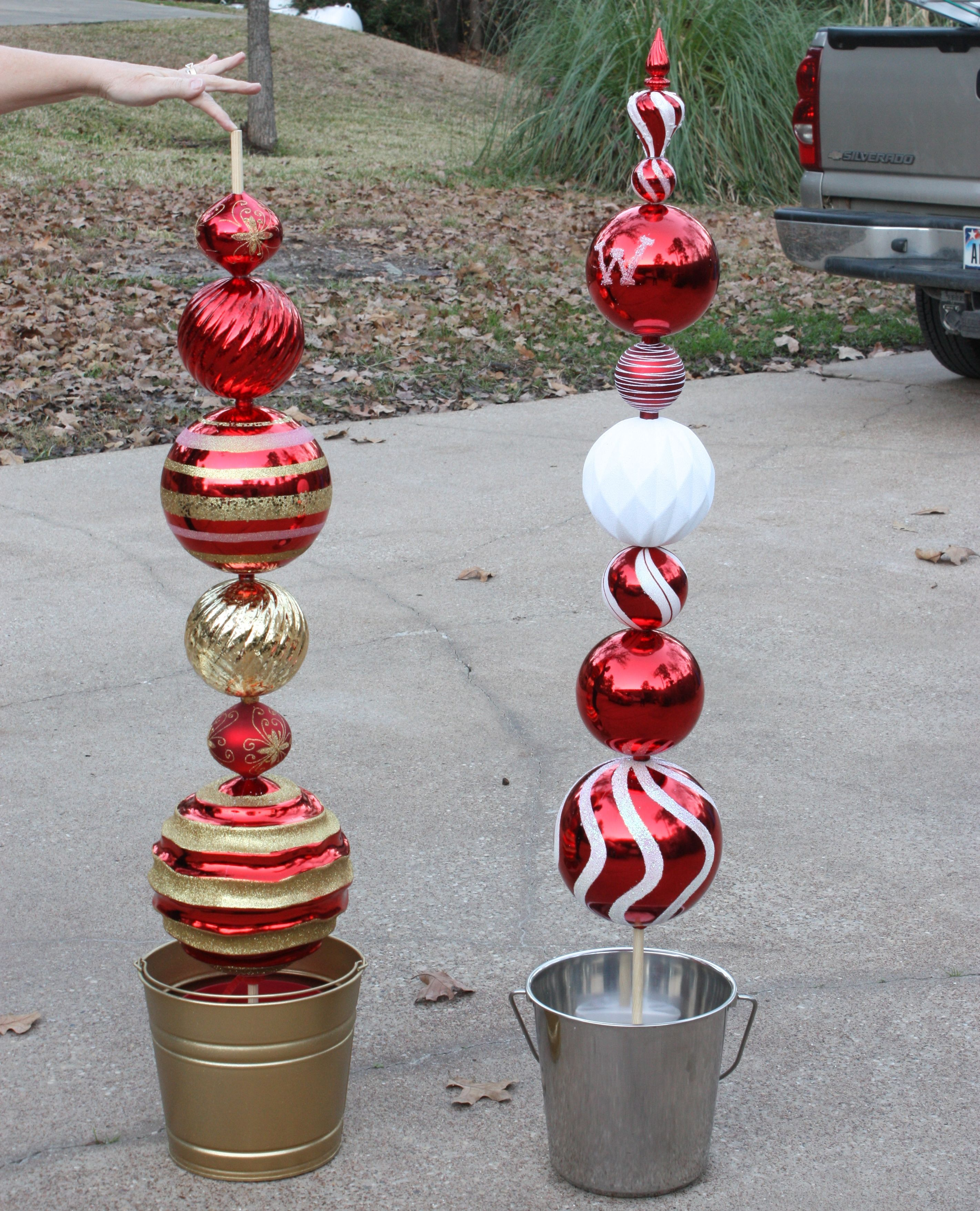 DIY Tall Ornament Topiary... Christmas lawn decorations