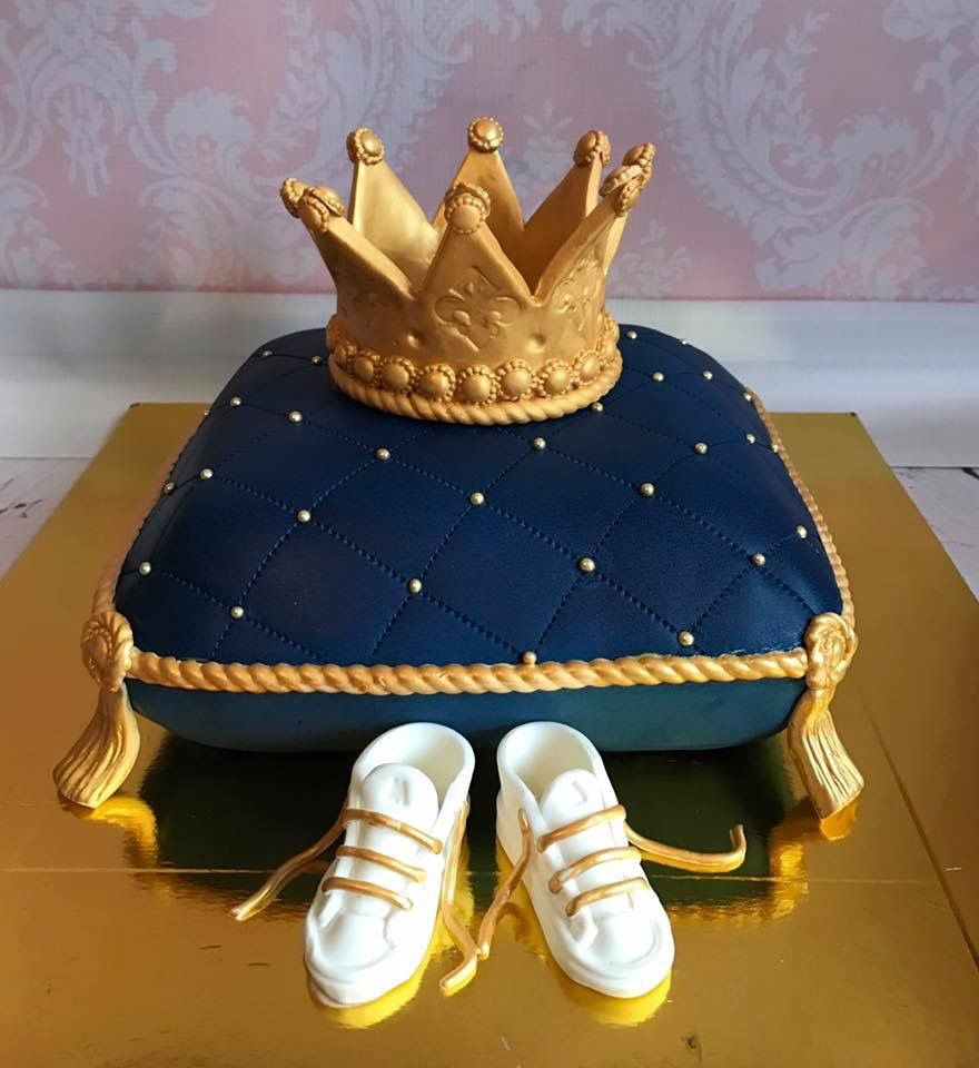 Baby Boy Shower Cake In Royal Blue And Gold Blue Baby Shower