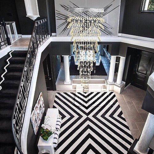 Image via We Heart It https://weheartit.com/entry/148905192/via/24473516 #big #black #couch #decor #home #house #interior #luxury #rich #merve #instagram #berivan #mervediebitch #teenie.wolkeee