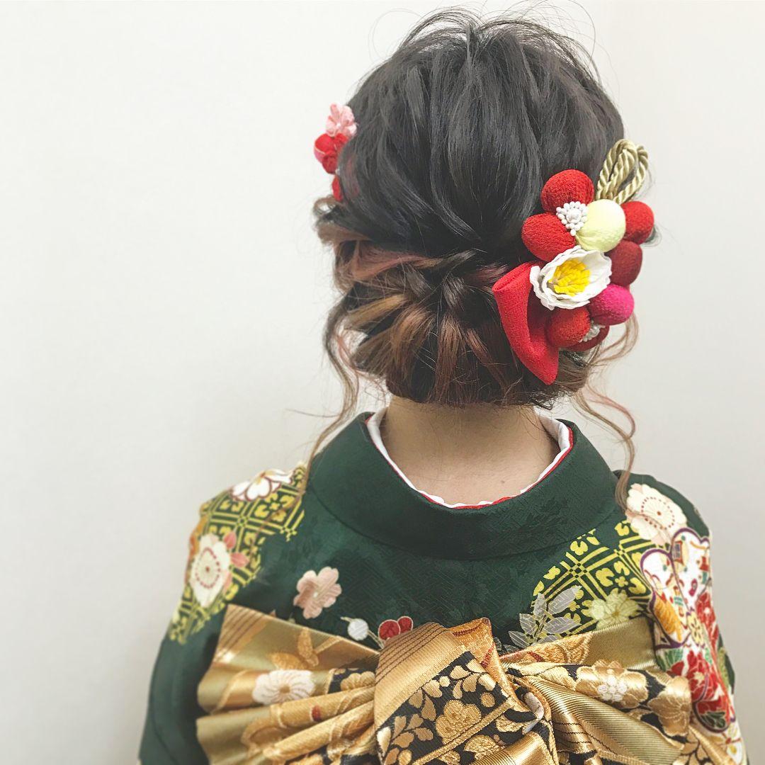 短さを活かしたこだわりのショートアレンジ 成人式の髪型 振袖ヘア