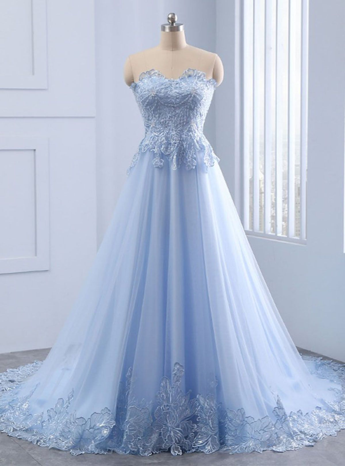 Sweetheart neck blue lace A line long graduation dress, blue