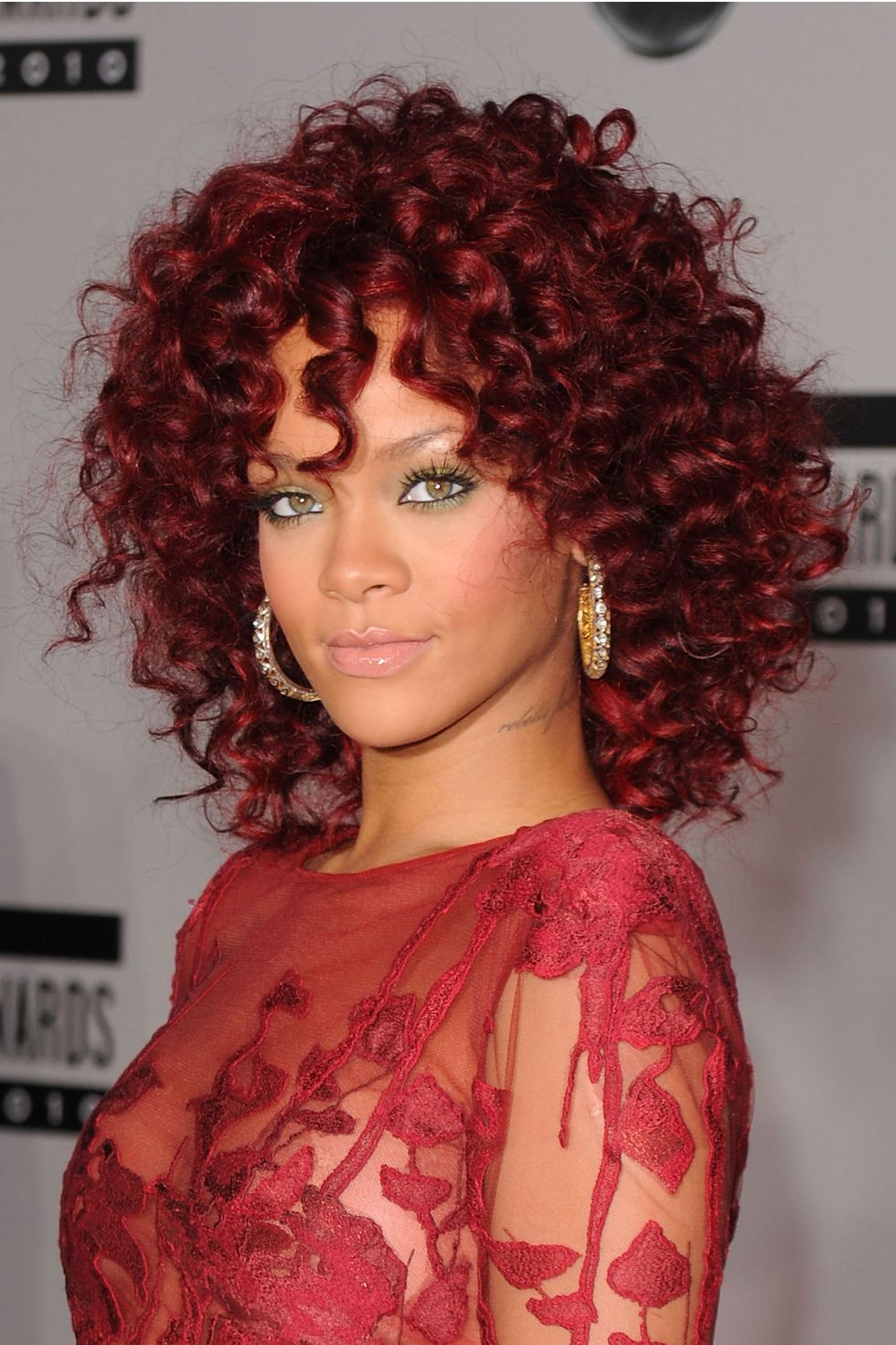 Every single Rihanna hairstyle and hair look