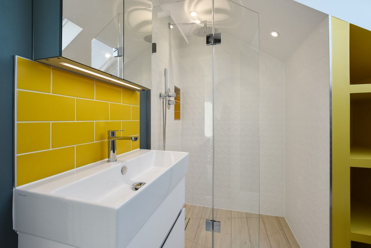 Bathroomsbydesign Is One Of The Uk S Leading Bathroom Retailers Championing Design Excellence Innovation Bathroom Design Bathroom Solutions Bespoke Bathroom
