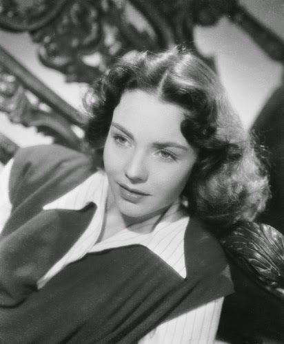 Vintage Glamour Girls: Jennifer Jones