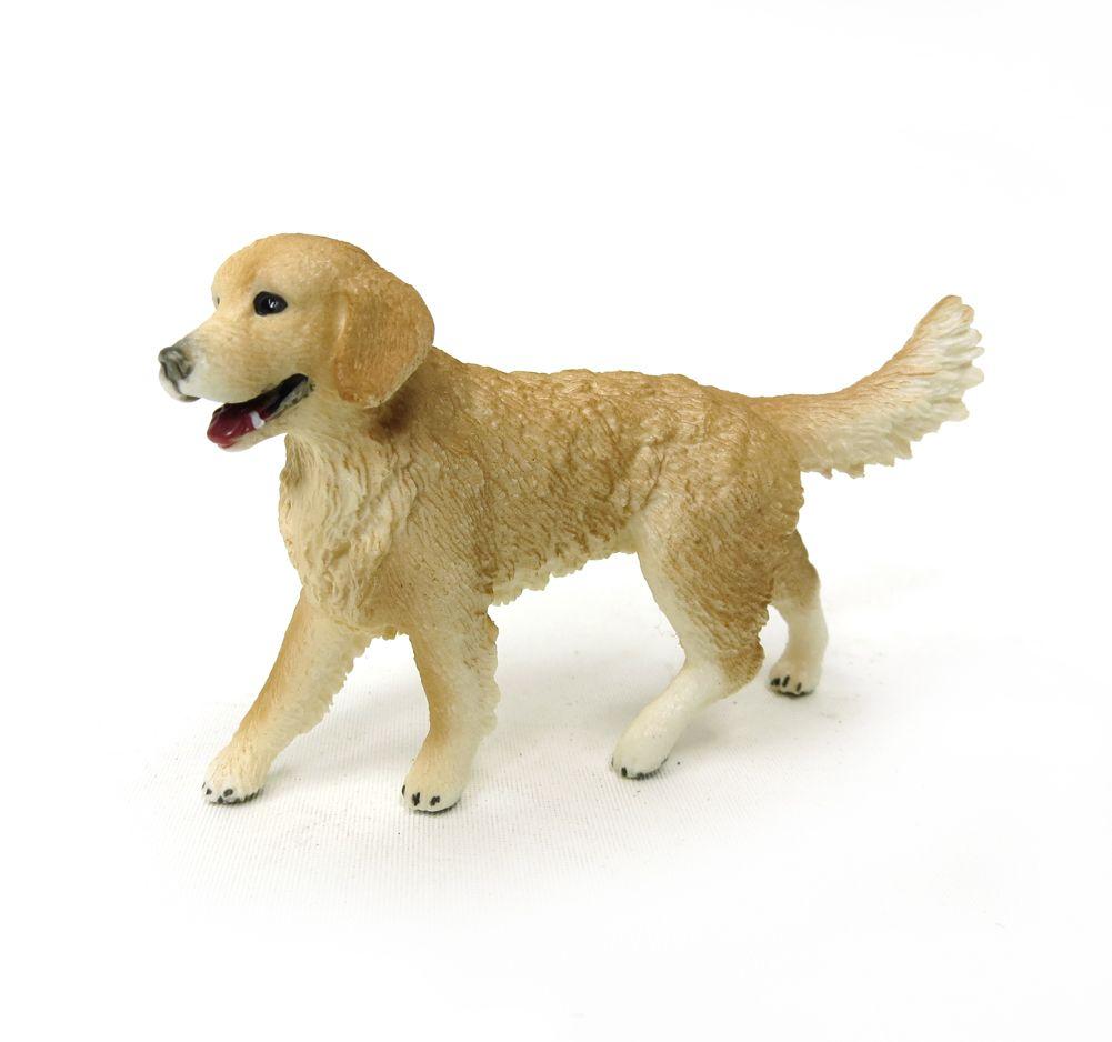 Female Golden Retriever Dog By Schleich Female Golden Retriever
