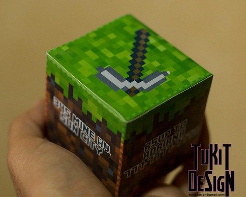 Minecraft Birthday Party Invitation 3D Cube - Print, cut and Make at h | TuKitDesign - $6.00 @Artfire.com