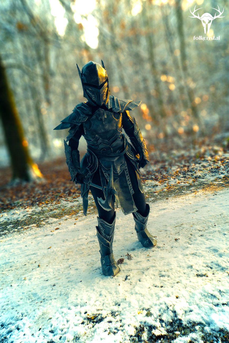 black-knights-female-ebony
