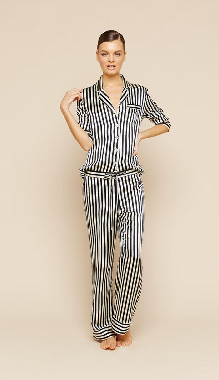 -> Køb Olivia Von Halle Lila Silke Pyjamas stribet til 3.190,00 DKK hos River and Raven