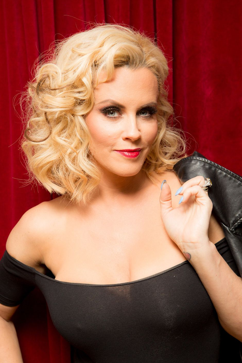 cleavage Hacked Jenny McCarthy naked photo 2017