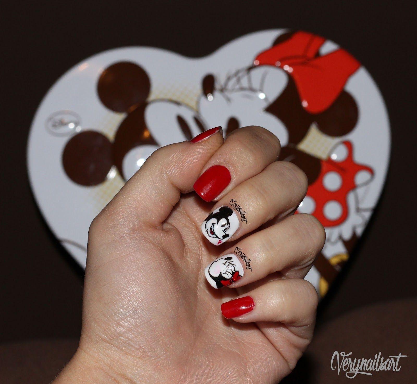 Uñas Decoradas Con Personajes De Disney Belleza Maquillaje