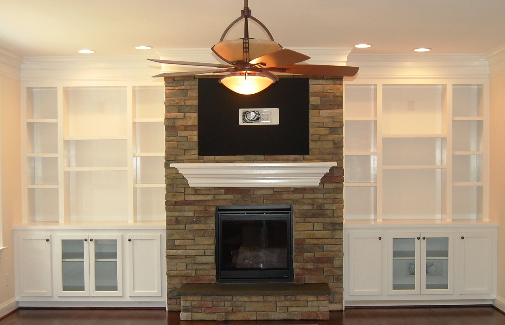 built in bookshelves | FV-74 Fireplace and Bookcase picture | Home ...