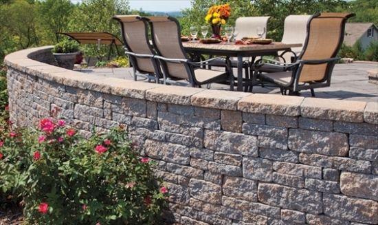 Landschaftsbau » Steinmauer im Garten bauen \u2013 Ideen für attraktive
