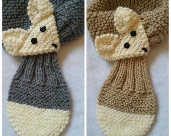 Instelbare Fox sjaal voor KIDS Hand gebreide door QuiltNCrochet