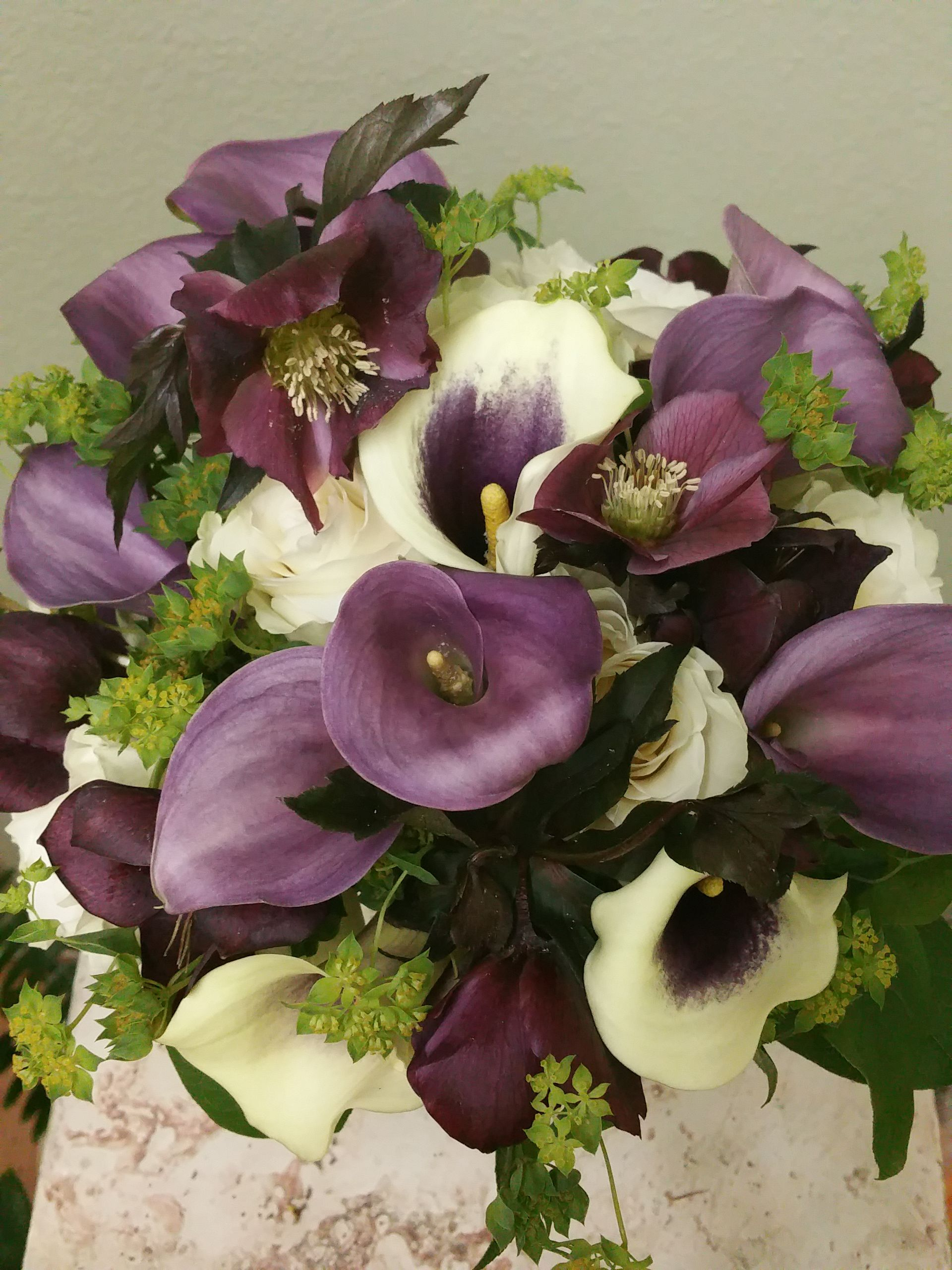 Purple And White Bridal Bouquet A Combination Of Calla Lilies