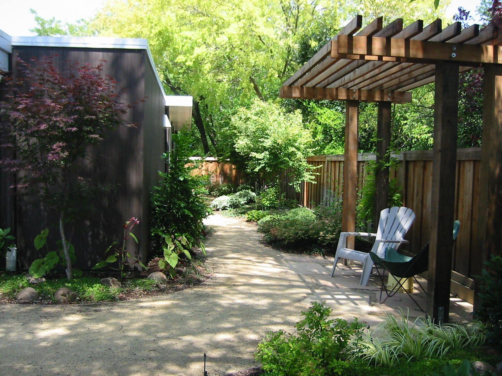 Decomposed Granite Paths   Decomposed granite patio ... on Decomposed Granite Backyard Ideas id=86329