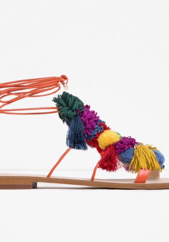 50 paires de sandales plates pour flâner cet été   Chaussures ... 35b02ebd6b4d