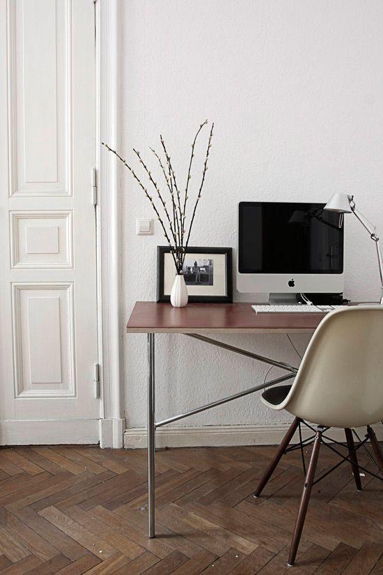 Scandinavian vintage apartment in Berlin - via Coco Lapine Design