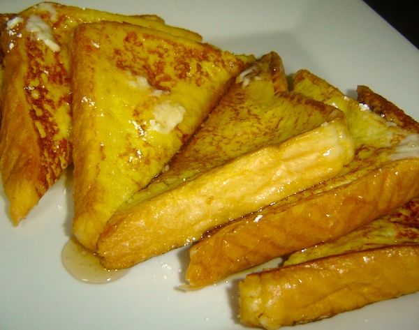 IHOP French Toast Recipe... Oh, am I drooling? Yep.... I'm drooling... It just looks so GOOD!!!