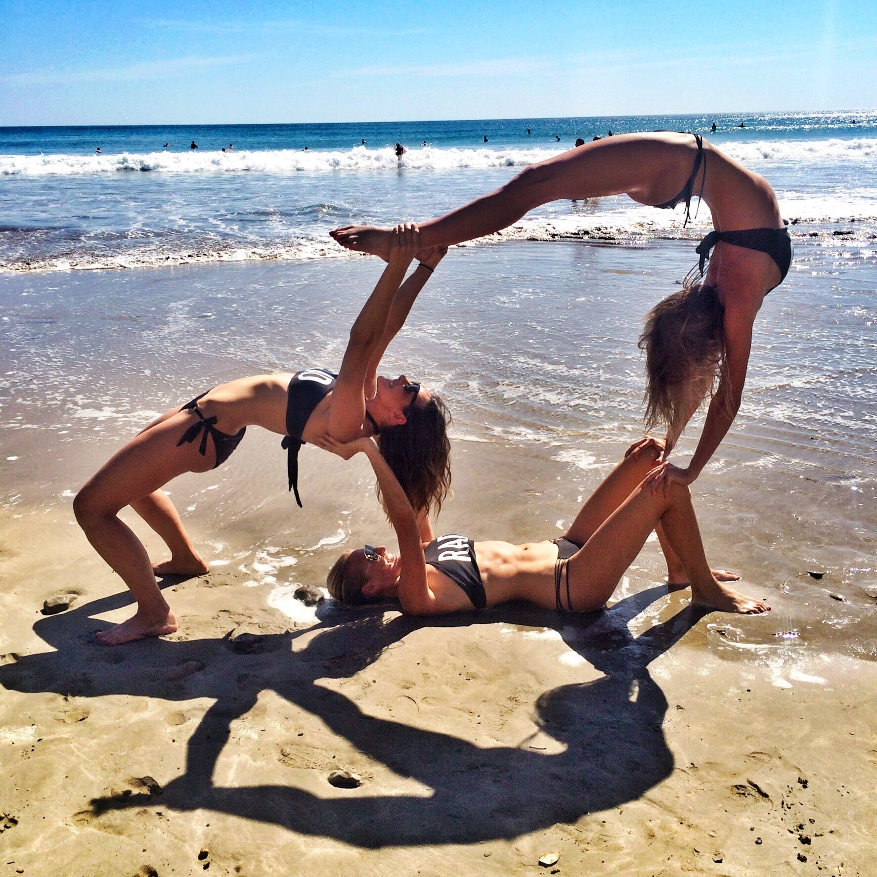 Pin By Tia Mae Wil On Pics To Take In Cali With Sisters Cool