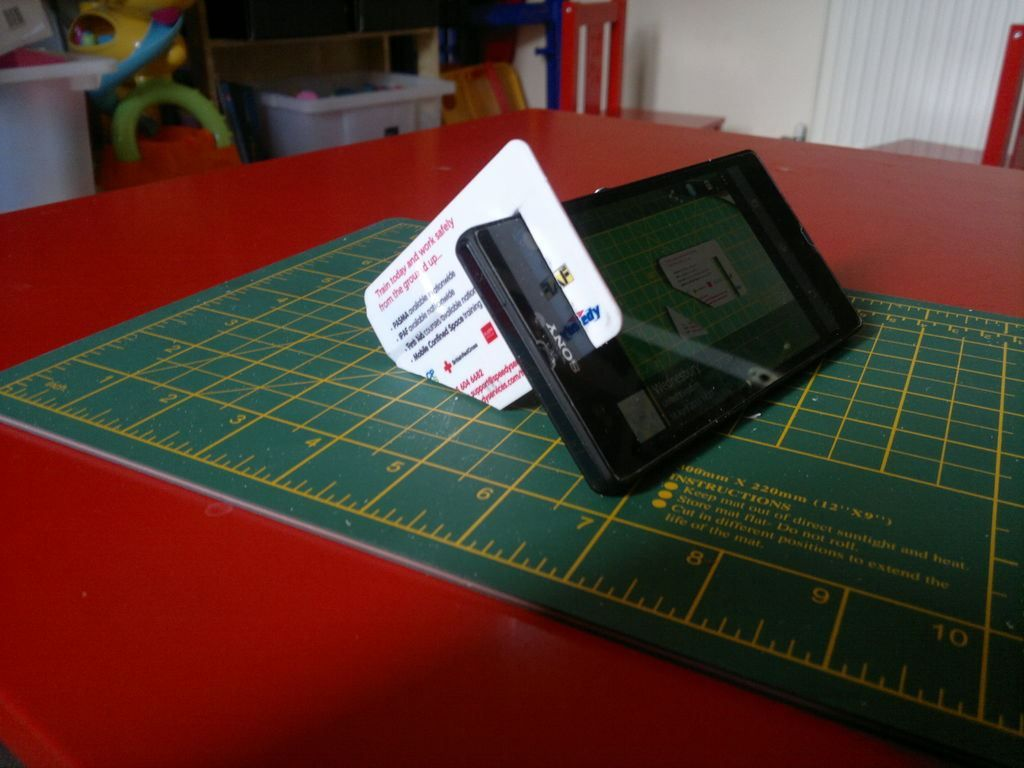 How To Credit Card Phone Stand Tech Crafts Diy Phone