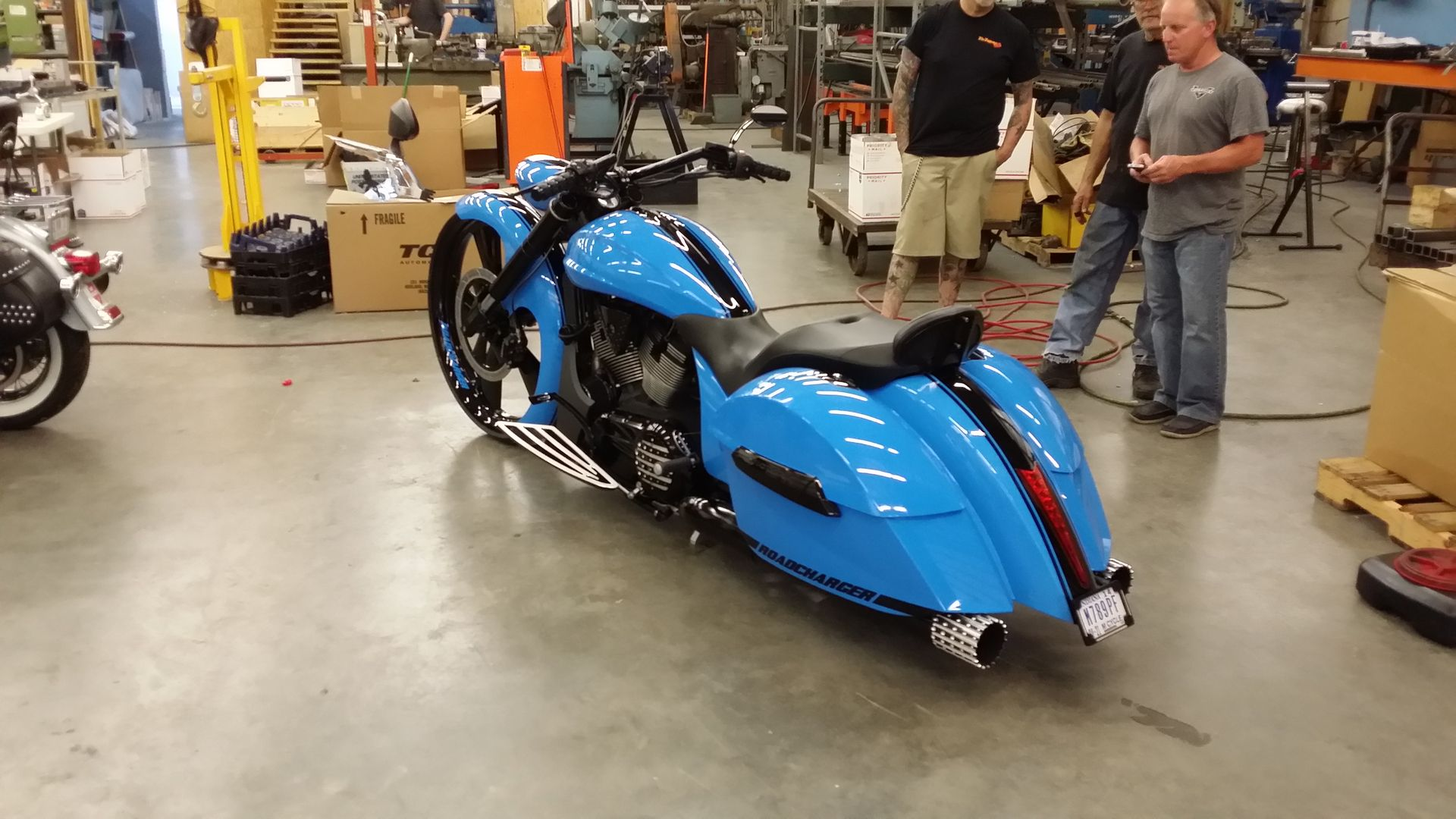 Victory Motorcycle Parts >> Vicbaggers Custom Victory Motorcycle Parts And Accessories Big Wheel