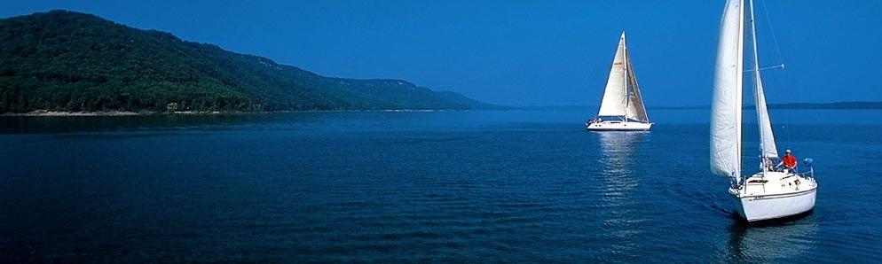 Marina and boat rentals at lake ouachita state park