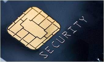 Fraude Bancario. Dentro de los principales delitos bancarios que la empresa ha identificado destacan: 1. Pérdida o robo de la tarjeta 2. Duplicado de tarjeta o skimming 3. Robo de datos 4. Robo de la tarjeta antes de la entrega al titular 5. Cambio de identidad en tarjetas.
