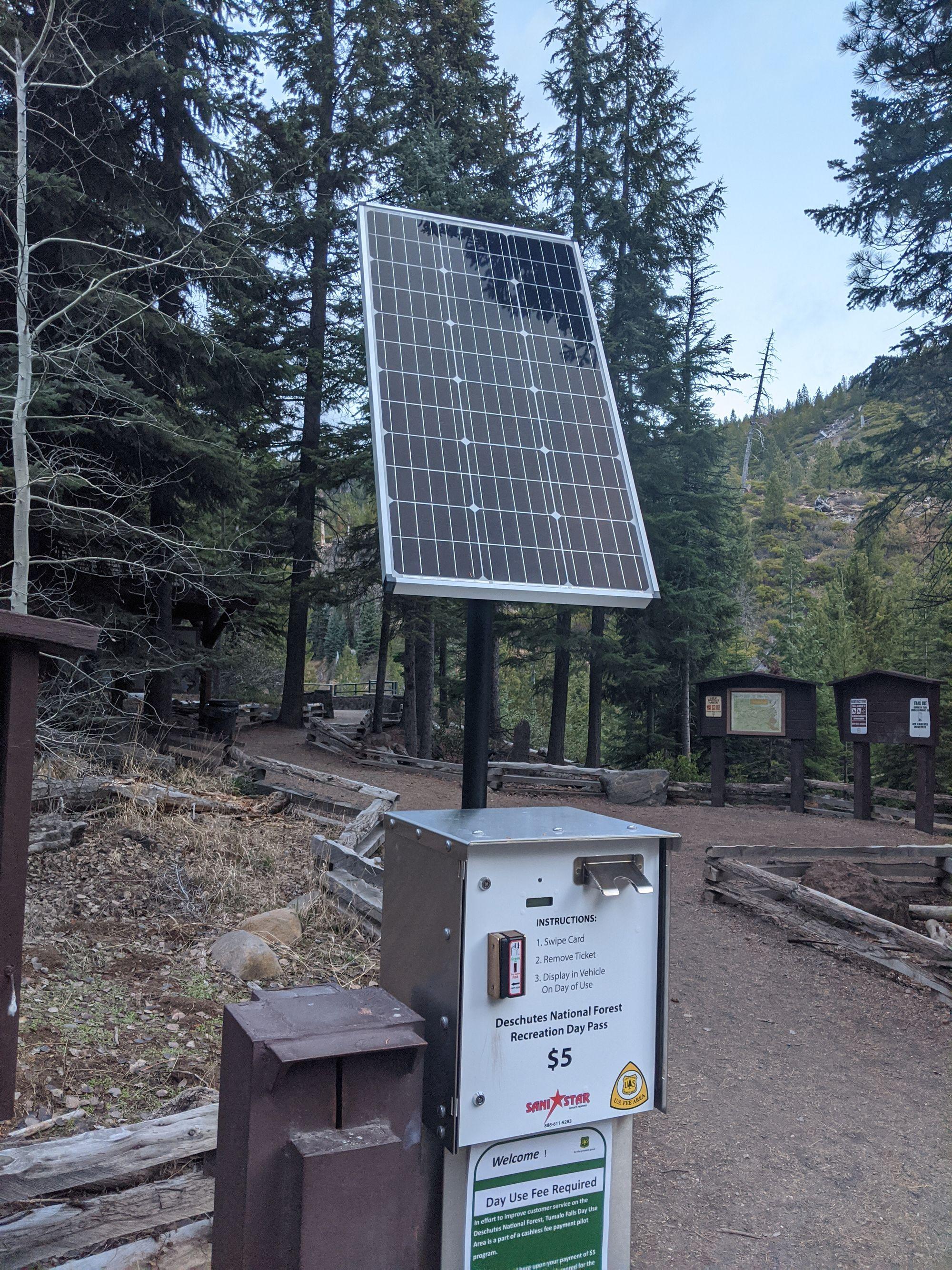 A Zamp Solar Panel Keeping The Sanistar Convenient Trail Head Pay Station Charged Up No More Searching For Something To Write Wit Solar Solar Power Solar Kit