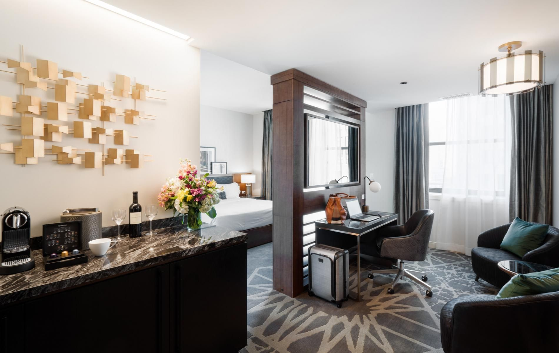 LondonHouse Chicago | London house hotel, Luxury interior ...