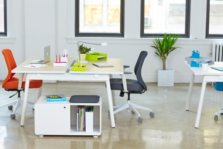 6 Tory Burch S Ex Husband Is Now Ing Office Furniture Co Design