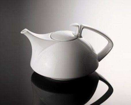 Teapot (Bauhaus inspired)