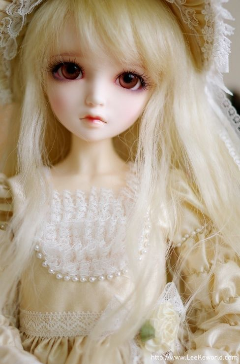 ball jointed dolls. ball jointed dolls - maw mawar t