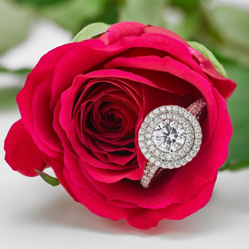 The Complete Guide To The Halo Engagement Ring Trend Trending Engagement Rings Engagement Rings Vintage Halo Ring Trends