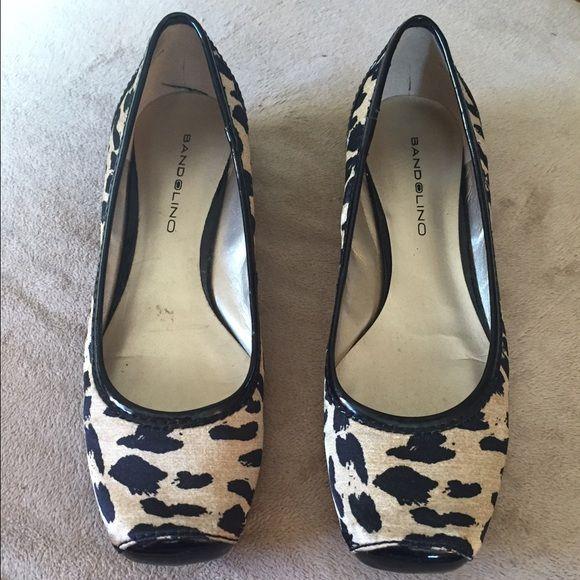 22aa1fc23a39 Bandolino Flats Bandolino leopard print flats. Worn only twice. Bandolino  Shoes Flats   Loafers