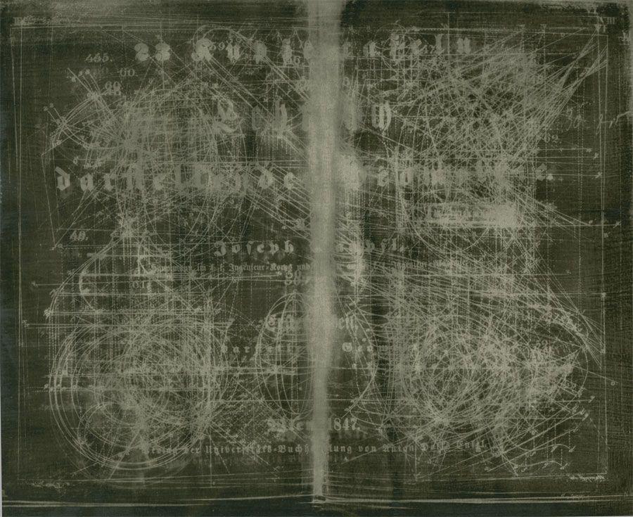 geometric-book-neg-900-w