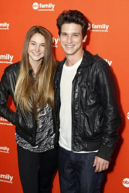Pin By Elena Seigel On Best Movie Tv Couples Daren Kagasoff Shailene Woodley Amy And Ricky People who liked daren kagasoff's feet, also liked pinterest