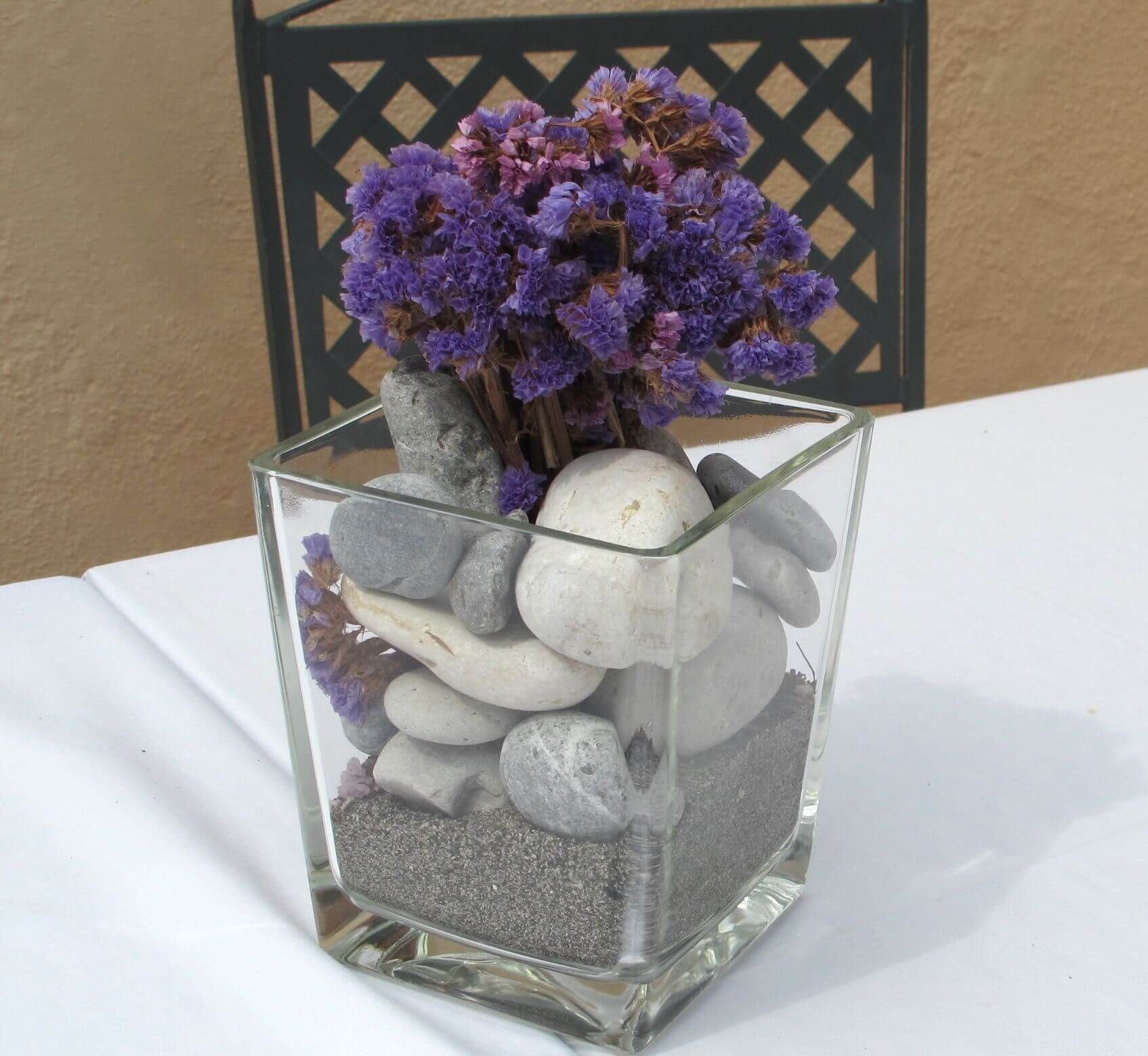 Glass Vase Filled With Sand Or Rocks Wedding Centerpieces Ideas