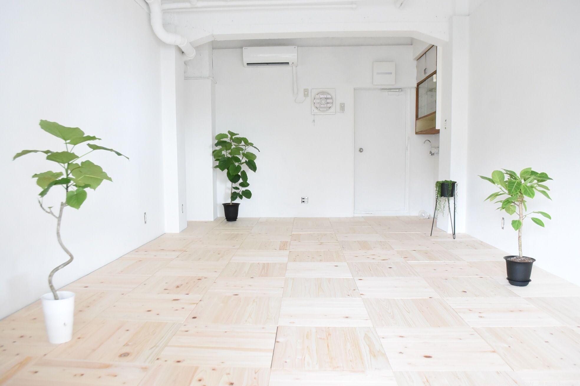 7月中旬のある日、OURHOME WEB LETTER(メルマガ)の募集からおこしくださった8名のみなさまとご一緒に、新スタジオのペイントパーティーを開催...