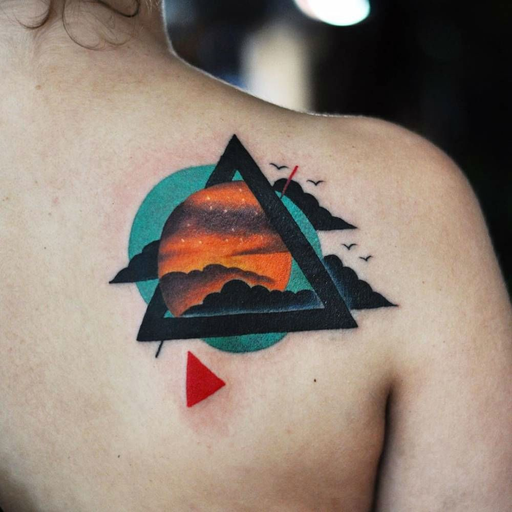 23 Cool And Modern Triangle Tattoos Anonymous Pinterest