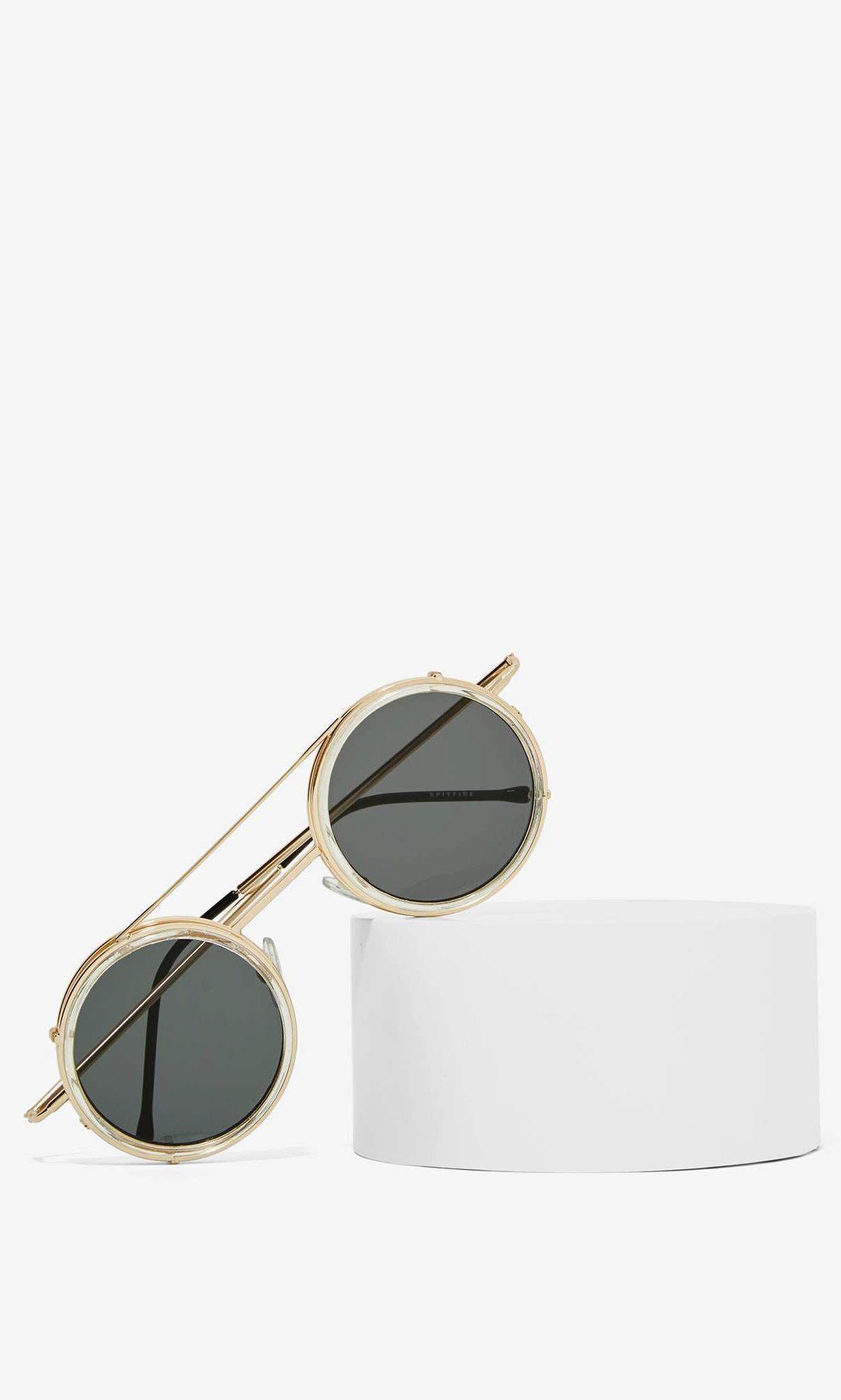 30d9d3ec9065d Pin de Ray Thandiswa em Sunscapades   Pinterest   Óculos, Acessórios e  Óculos de sol