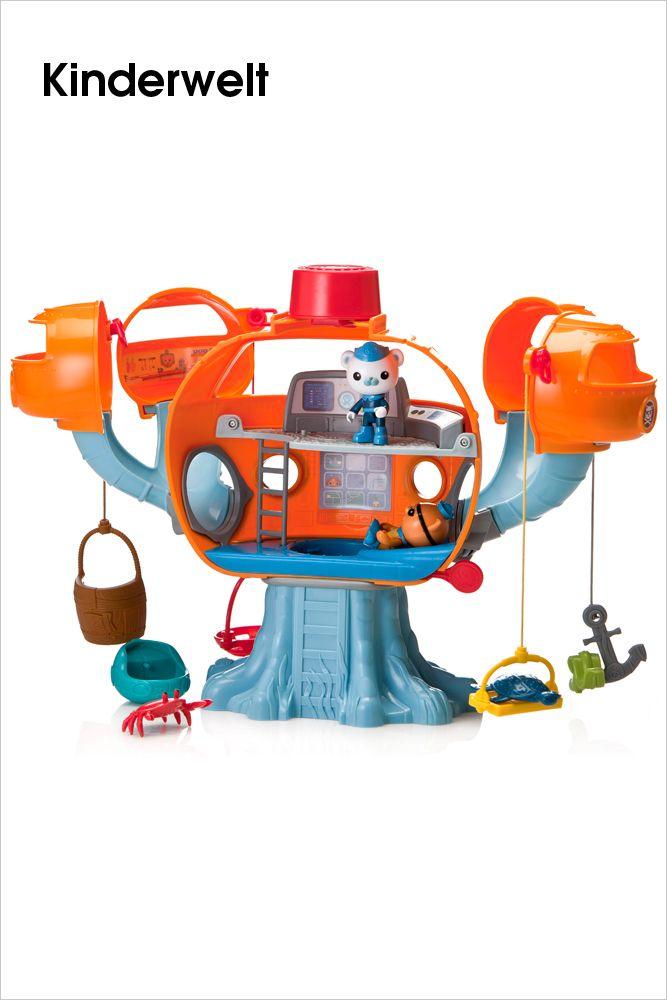 """MATTEL • Die Oktonauten – Oktopod Spielset.  Spannende Rettungsabenteuer unter Wasser! Okto-Alarm auslösen, und schon rutschen die Freunde durch den Schleusenraum in das Guppy-A Fahrzeug und sind einsatzbereit. Mit den Rettungsgeräten lassen sich die verletzten Meerestiere bergen und in Sicherheit bringen. Mit vielen Geräuschen und Sätzen aus der Serie """"Die Oktonauten""""...    Bilderserie anzeigen: http://www.imagesportal.com/newsletter/current/newsletter_i65.php   imagesportal Fotoproduktion"""