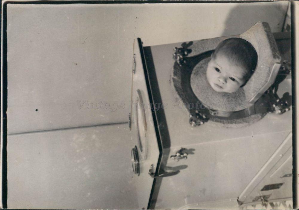 1938 Press Photo Raymond Alexander Jr Baby Boy Washing Machine Child Original
