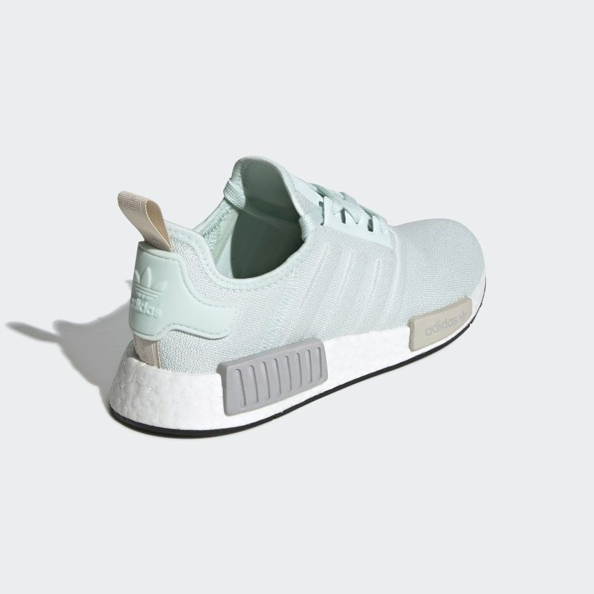 finest selection 71dea 2b07a adidas NMD_R1 Shoes | sophomore year tings in 2019 | Adidas ...